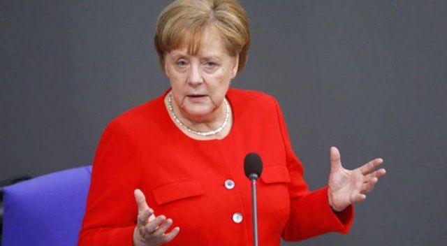 Merkel'den Mesut ve İlkay açıklaması