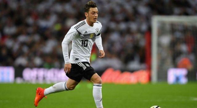 Mesut Özil'den üzen haber