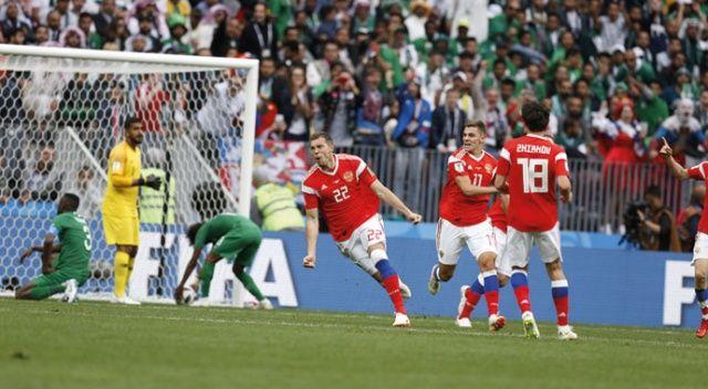 ÖZET İZLE: Rusya 5-0 Suudi Arabistan maçı özeti ve golleri izle | Rusya Suudi Arabistan maçı skoru özeti VİDEO