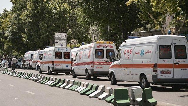 İran'da petrol tankeri yolcu otobüsüne çarptı: 16 ölü