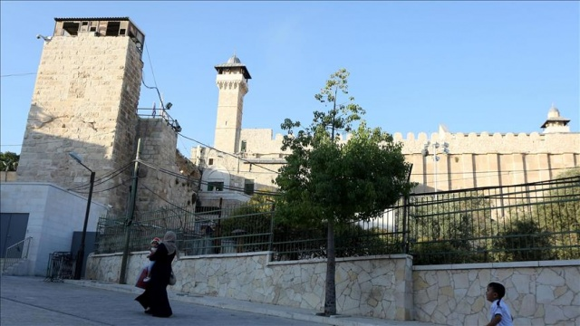 İsrail, Harem-i İbrahim Camii'nde 298 defa ezanı yasakladı