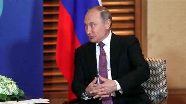 Putin, Hamaney'in danışmanı Velayeti ile görüştü