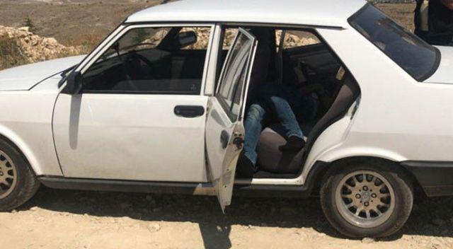 Arkadaşı arabanın kapısını açtı! Şok geçirdi...