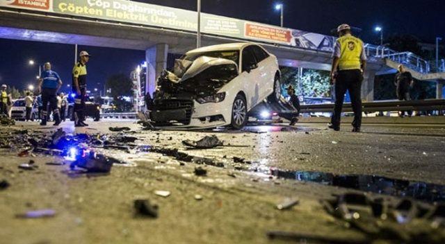 Bakırköy'de trafik kazası! Yaralılar var...