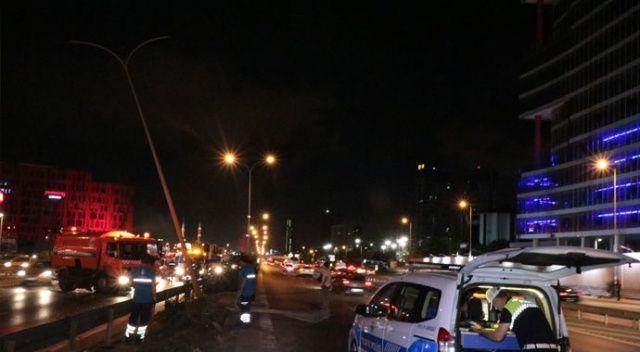 Kartal'da otomobil takla attı: 6 yaralı