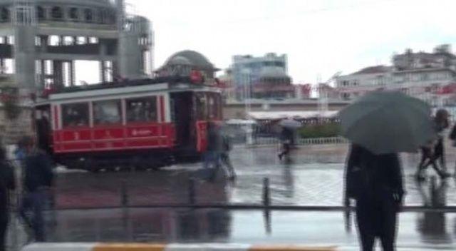 İstanbul'da trafik yoğunluğu yüzde 70'e ulaştı!