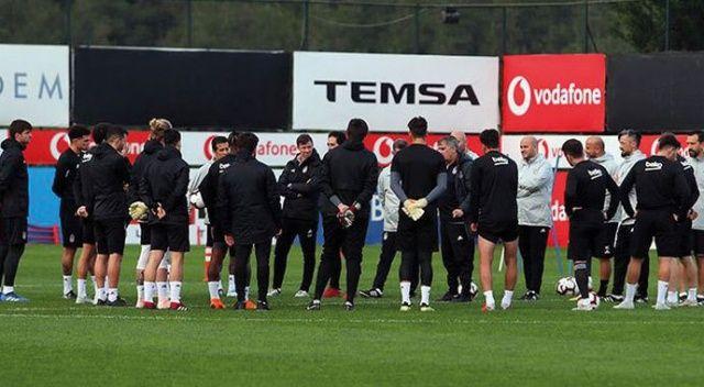Beşiktaş'a şok! 3 yıldız Genk maçında yok!