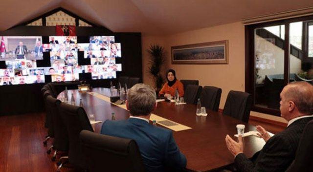 Cumhurbaşkanı Erdoğan, İstanbul AK Parti ilçe başkanları ile telekonferansla görüştü
