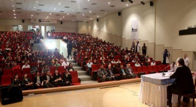 İhlas Kolejinde Mevlid Kandili programı