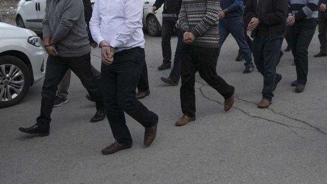 İstanbul'da 7 üst düzey FETÖ'cü yakalandı