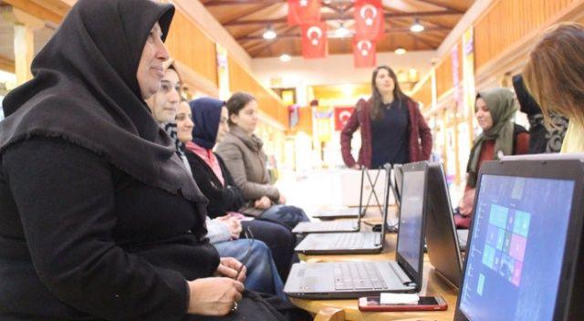 Türk Telekom'dan kadın esnafa internet eğitimi