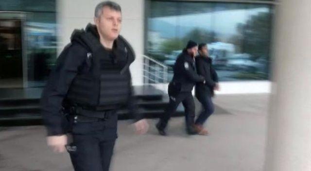 Avans talebi kabul edilmeyen belediye çalışanı silahıyla dehşet saçtı!