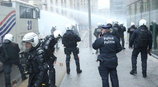 Brüksel'de eylemcilere müdahale