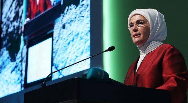 Emine Erdoğan, İstanbul Uluslararası Çevre Zirvesi'ne katıldı