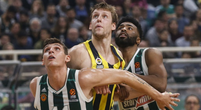 Fenerbahçe deplasmanda Panathinaikos'u devirdi (Panathinaikos 69-81 Fenerbahçe)