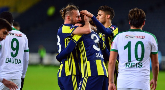 Fenerbahçe evinde avantajı kaptı (Fenerbahçe 1-0 Giresunspor)