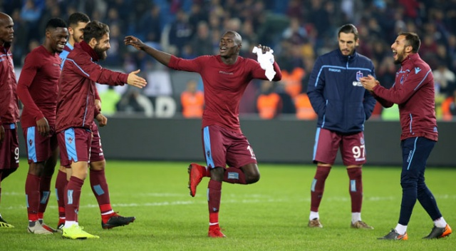 Geniş özet izle | Trabzonspor ikinci yarıda esti! (Trabzonspor 3-0 Atiker Konyaspor)