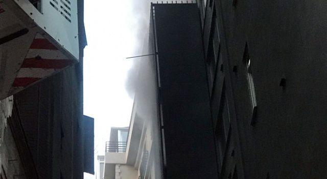 Karaköy'de 9 katlı otelde yangın paniği