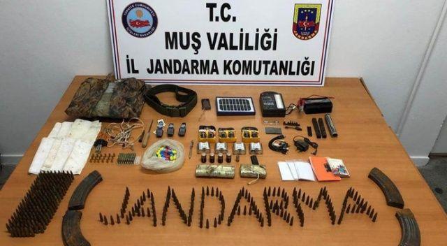 Muş'ta teröristlere ait malzemeler imha edildi