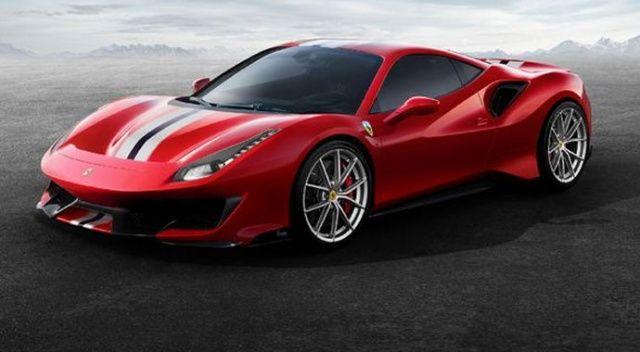 Yılın süper otomobili:  Ferrari 488 Pista