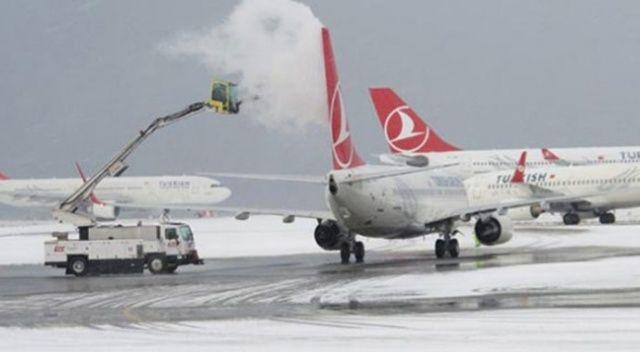 Ağrı-İstanbul uçak seferleri iptal edildi