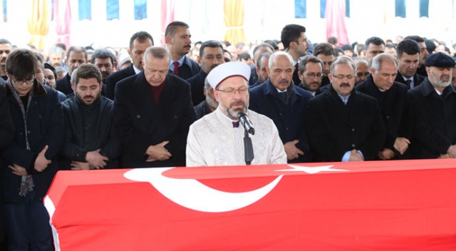 AK Partili Aksak son yolculuğuna uğurlandı