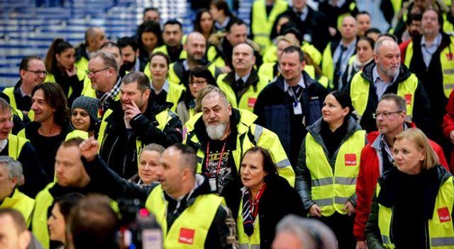 Almanya'da üç havalimanında grev başladı