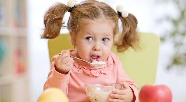 Diyet Uzmanı Yıldız Melek Aksoylu: Bebeğinize meyveli yoğurt vermeyin 85