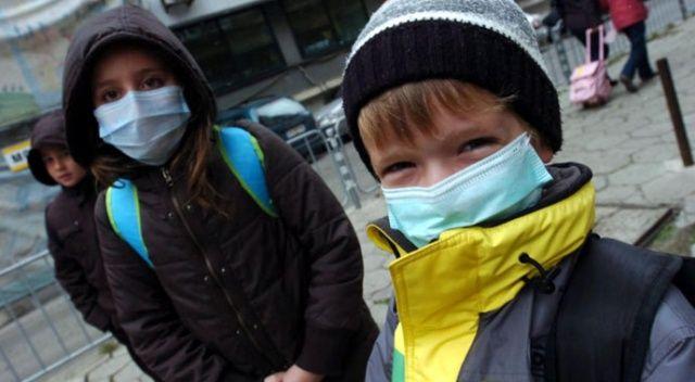 Grip salgını nedeniyle 600 okulda eğitime ara verildi