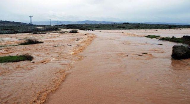 Hatay'da baraj suyu tahliyesi için uyarı