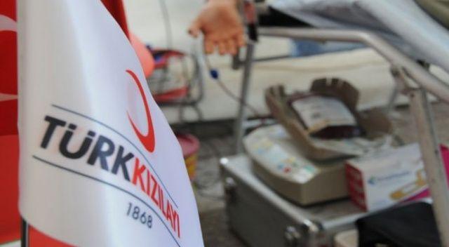 Kızılay'ın 'acil kan bağışı' çağrısına destek