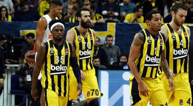 Lider Fenerbahçe Moskova deplasmanında