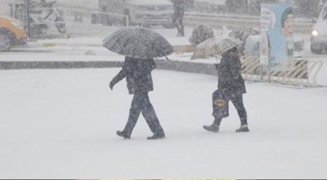 Meteoroloji'den İstanbul için kar yağışı uyarısı, saat verdi...