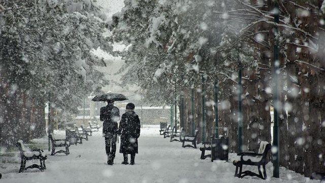 Son dakika... Kar geliyor! Meteoroloji saat verip uyardı