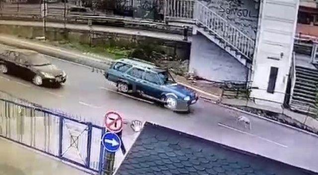 Yavru köpeği ezip kaçan araç sürücüsüne tepki