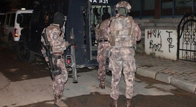 Adana'da PKK'ya şafak baskını