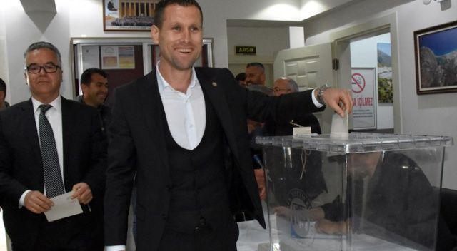 Amatör futbolcu Demre Ziraat Odası başkanı oldu