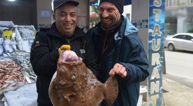 Balıkçılar yakaladı, görenler şoke oldu