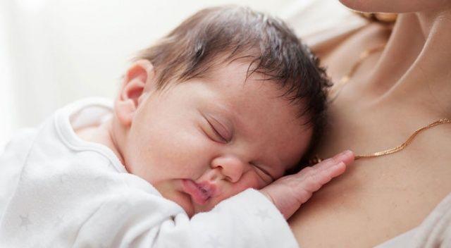 Bebek sağlığını etkileyen besinler nelerdir? Anne sütünde hangi vitaminler bulunur?