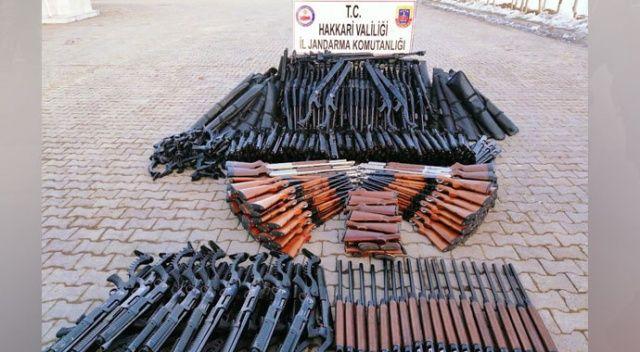 Hakkari'de 396 adet av tüfeği ele geçirildi