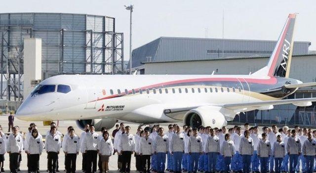 Japonya'da kar hava trafiğini felç etti: 100 uçuş iptal edildi