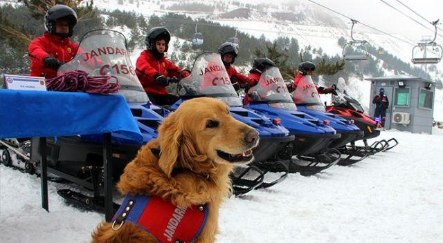 Kayak tutkunlarının huzur ve güvenliği jandarmaya emanet