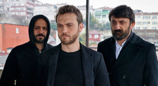 Ödüllü oyuncu Tansu Biçer, Çukur'a transfer oldu