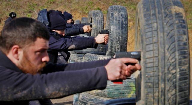 Polis ve bekçilere komando eğitimi