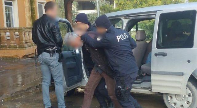 Polisin şüphelendiği şahsın 5 yıl hapis cezasının olduğu öğrenildi