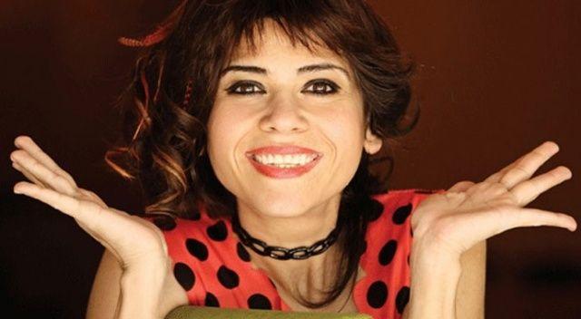 Ünlü şarkıcı Aydilge hastaneye kaldırıldı