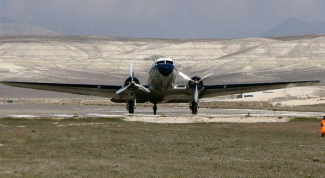 79 yıllık uçak, müze için 3 bin 200 kilometre uçuş yaptı