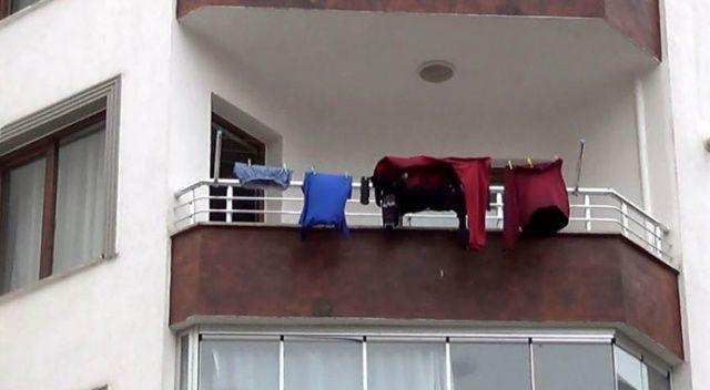 Çamaşırları 3 gün asılı kalınca öldüğü ortaya çıktı