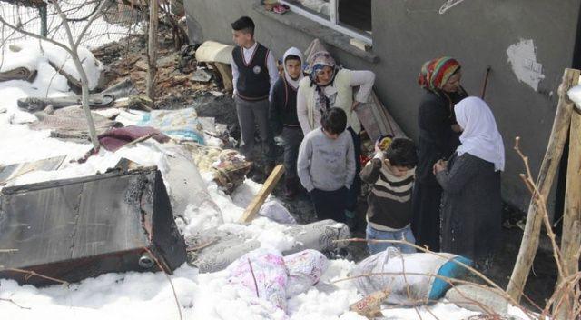 Çocukların uyuduğu ev alev alev yandı