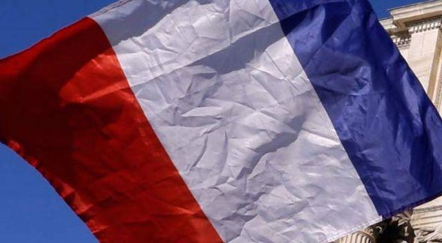 Fransızlar hükümetin sorunları çözeceğine inanmıyor